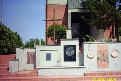 08-monumento funebre