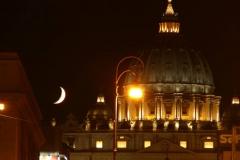 il cupolone e la luna